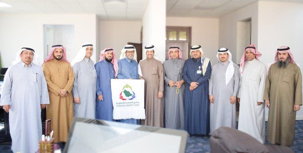 الباتع يترأس إجتماع الإعلام التعاوني بمجلس الجمعيات التعاونية