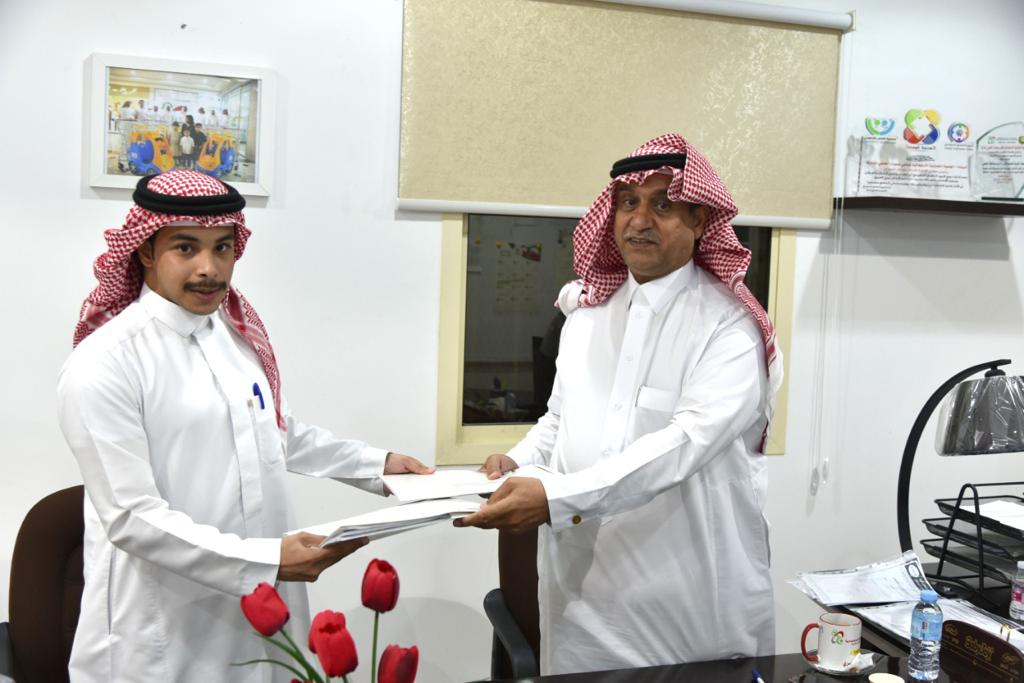 الجمعية التعاونية الاستهلاكية بالخفجي توقع عقدًا لتوريد وتنفيذ أربعة عطاءات لمشروع مبناها